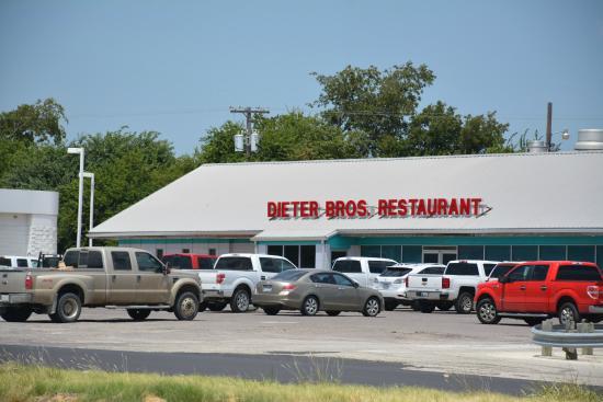 Lindsay, تكساس: Dieter Bros Restaurant
