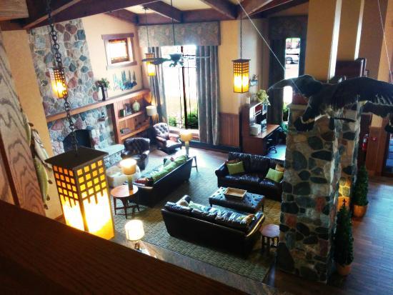 Canal Park Lodge: Lobby