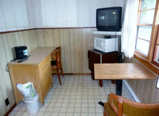 Inn 32 : TV, Fridge and Microwave