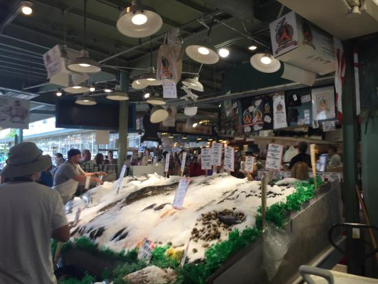 Picture of pike place fish market seattle for Fish market cincinnati