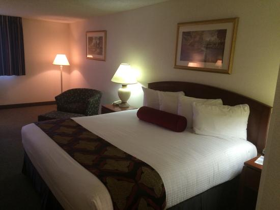 Shilo Inn & Suites Tacoma: 4th Floor King