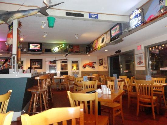 Salty's: Inside restaurant