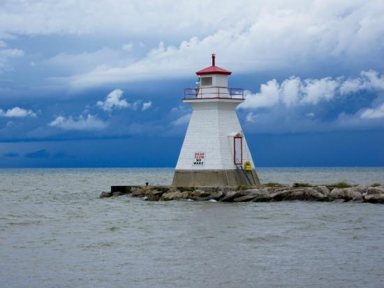 Southampton, Canada: Beautiful Skyline & Lighthouse