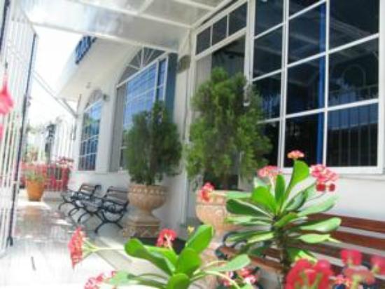 Hotel La Casona: entrada