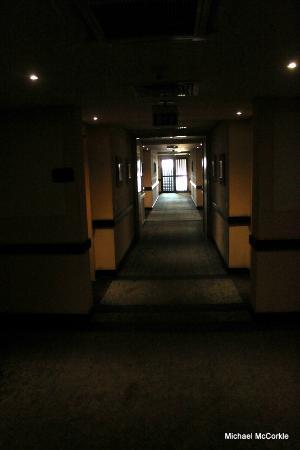 Le Meridien Ogeyi Place: Hallway
