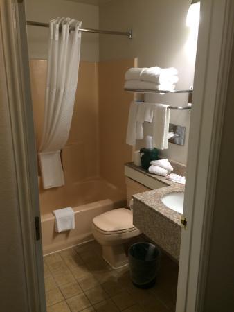 Baymont Inn & Suites Bellingham: 3rd Floor Queen