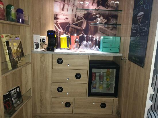 So Sofitel Singapore Nice Mini Bar Cabinet