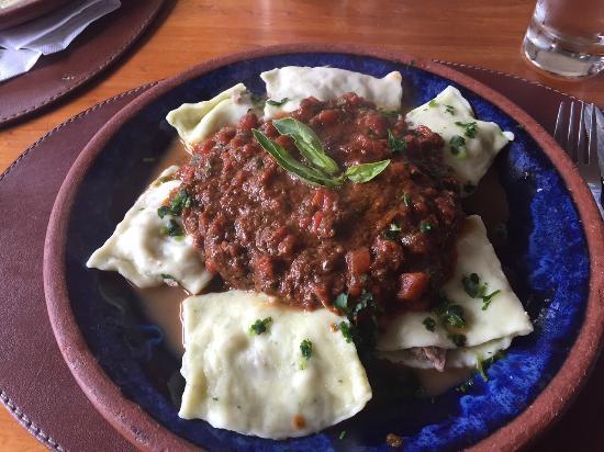 Azzurro: Stuffed pasta at Azzurra's