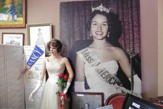 Montague Museum: Miss Michigan 1961 Nancy Fleming