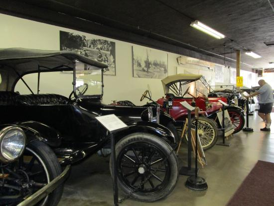 Deer Lodge, MT: Auto Museum