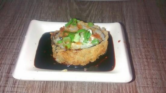 Tuaksu Sushi House