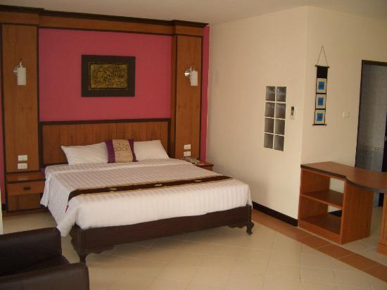 Pattaya Bay Resort: Room