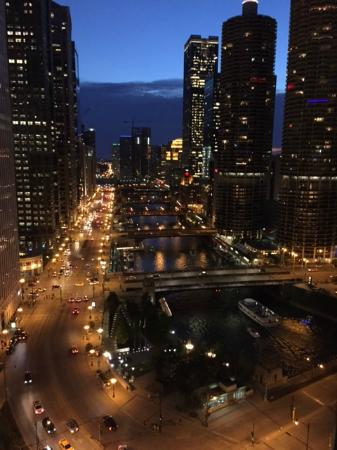 Room picture of hilton garden inn chicago north loop for Hotels up north chicago
