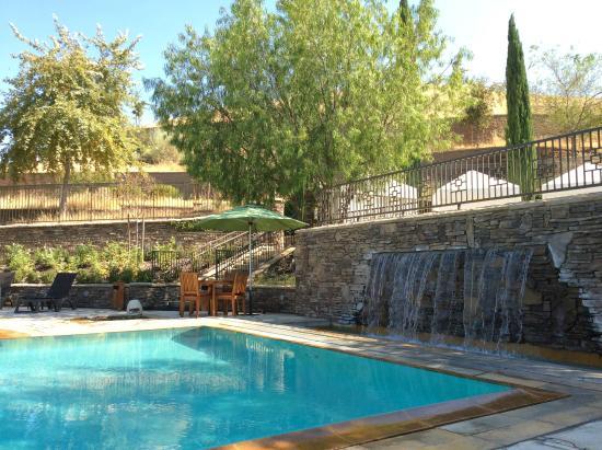 Cache Creek Casino Resort: 호텔 수영장