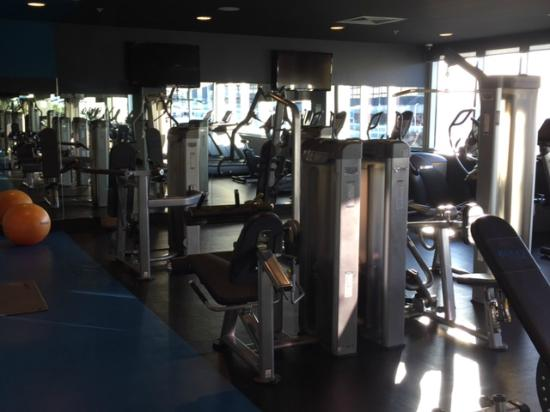 rydges gym picture of rydges sydney airport hotel. Black Bedroom Furniture Sets. Home Design Ideas