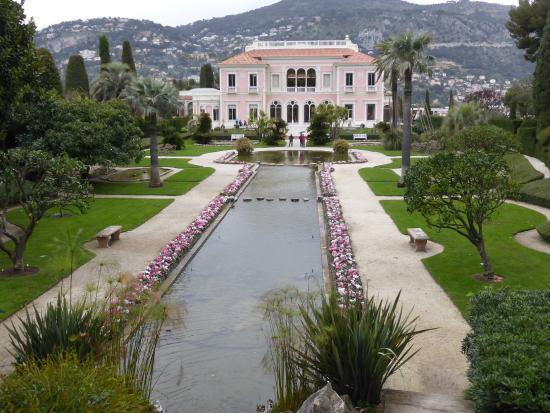 Mans o e chafariz picture of villa jardins ephrussi de for Villa jardins ephrussi de rothschild