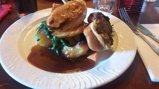Ashurst, UK: Sunday roast met kip