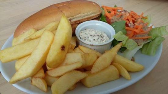 Dunbar Garden Centre Restaurant: Meaty locally sourced hot dog