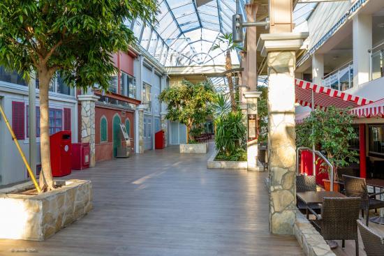 SKØNT stort indendørs lege/klatreland - Billede af Ferienpark Weissenhaeuser Strand, Wangels ...