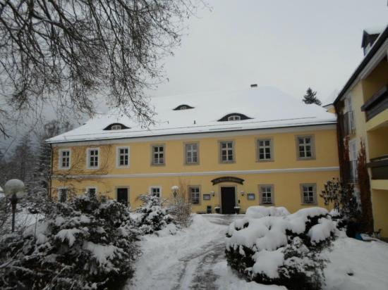 Schlosshotel Ernestgrun