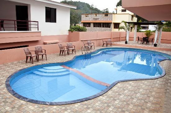 Swimming Pool Picture Of Tgi Star Holidays Yercaud Yercaud Tripadvisor