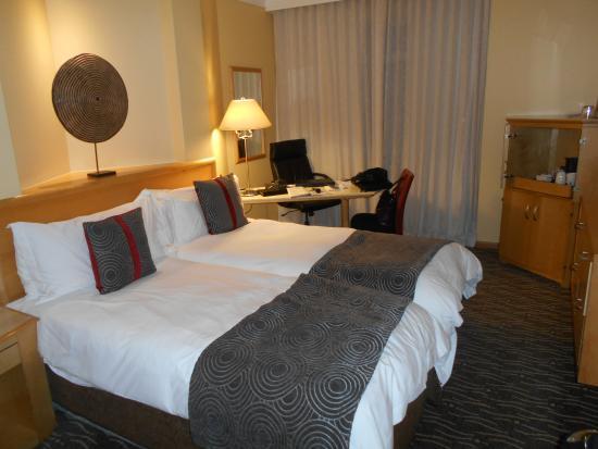 Protea Hotel Johannesburg Wanderers: twin beds