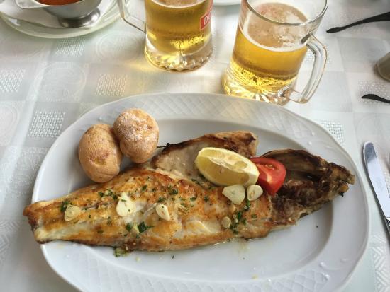 Los Hervideros Restaurant : My fish platter