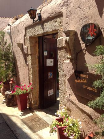 Pazinos Village Studios: photo1.jpg