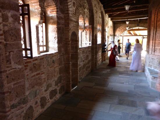 бочки - Picture of Megalo Meteoro Monastery, Kalambaka ...