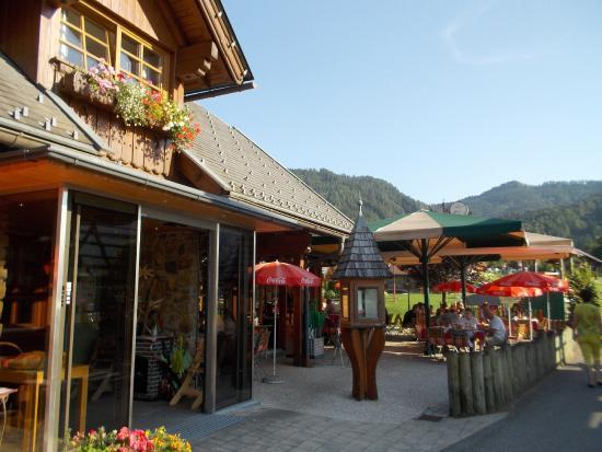 Techendorf, Austria: Blick zur Terrasse
