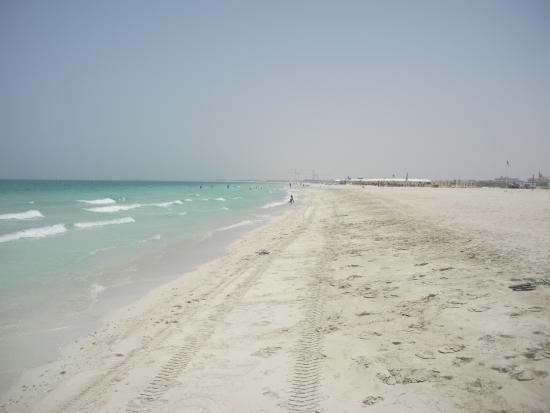 Park Hyatt Abu Dhabi Hotel & Villas: spiaggia dell'isola