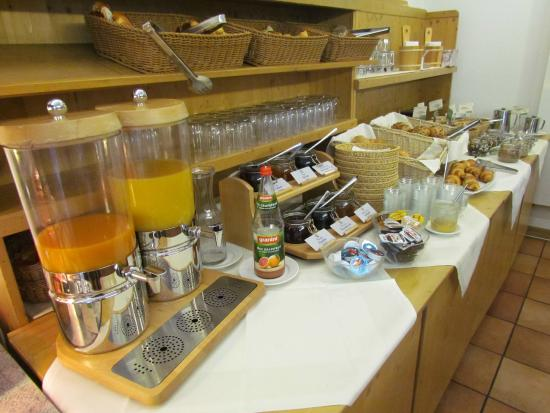 Flair Hotel Am Kamin: Buffet Breakfast