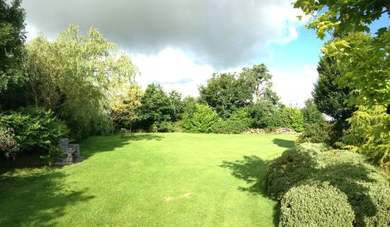 Newlands Lodge: Parte del Jardín