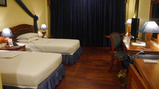 Apsara Angkor Resort & Conference: Twin Bed Room