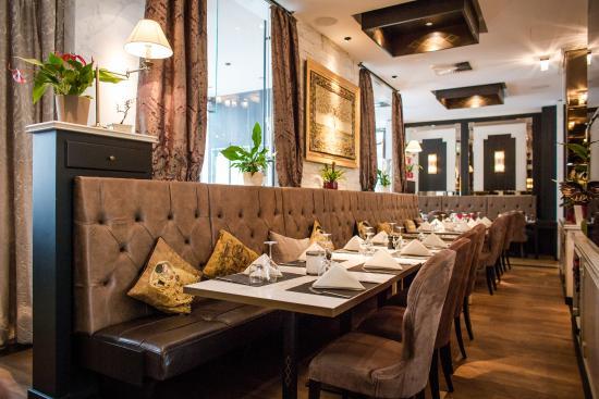 manon restaurant bar grill berlin mitte bild von. Black Bedroom Furniture Sets. Home Design Ideas