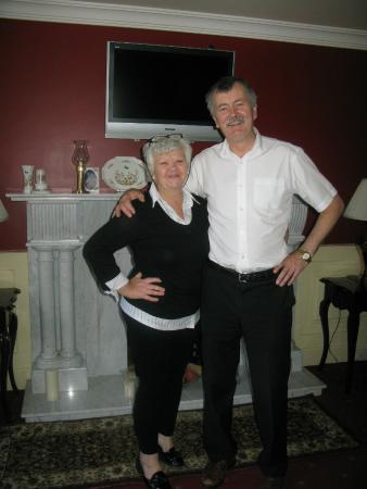 James and Mary - The perfect hosts