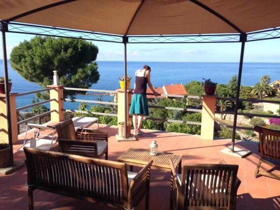 B&B La Mimosa del Golfo: Great view from the breakfast table