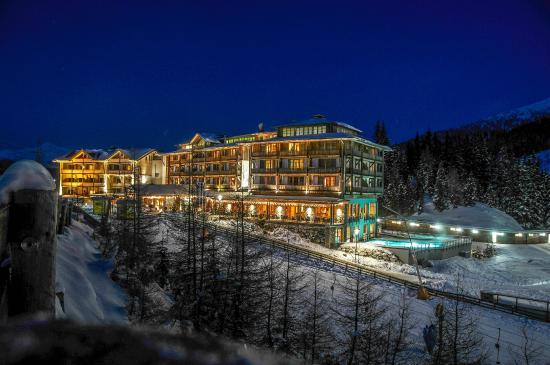 Falkensteiner Hotel Cristallo: Outdoor view of hotel