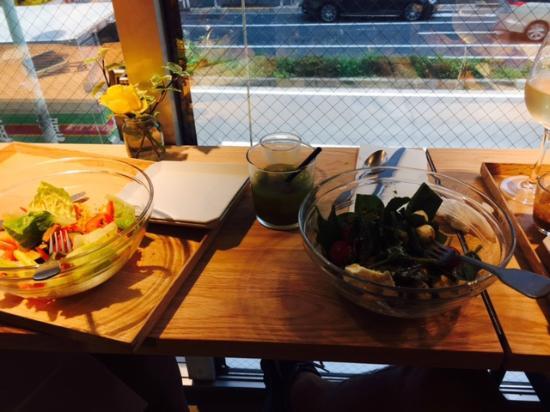 CITRON: サラダ、ジュース