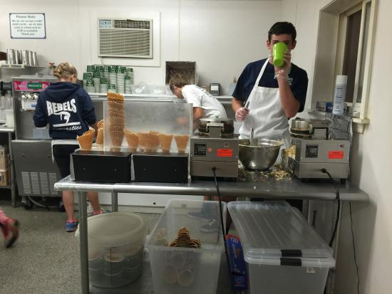 Brickley's Ice Cream: Waffle cones being made
