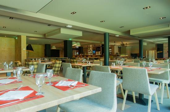 Monthieux, Francia: Notre nouveau restaurant