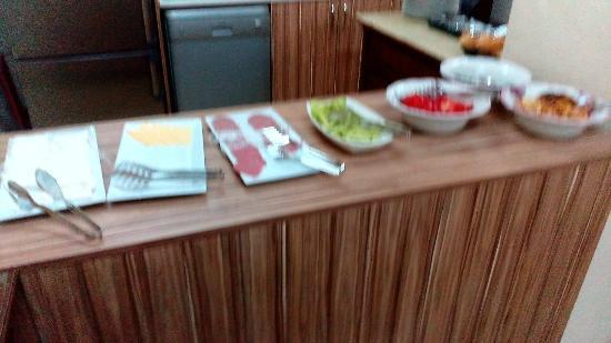 Educa Suites: very dirty food