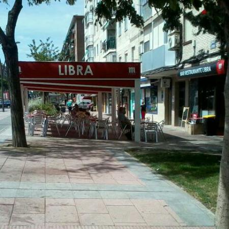 Terraza picture of bar libra getafe tripadvisor for Terraza bar