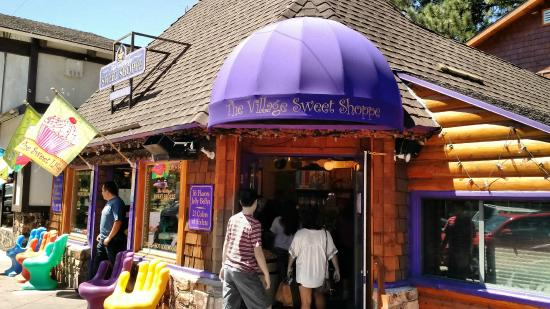 ‪Village Sweet Shoppe‬