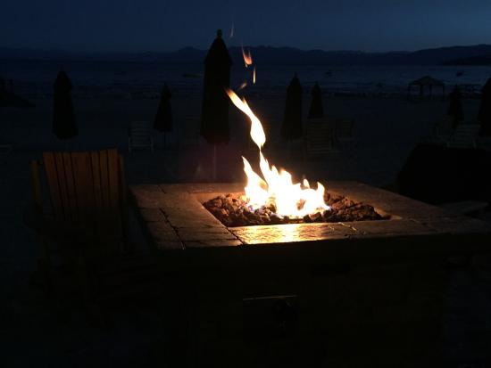 Tahoe Vista, CA: Evening S'mores with new friends