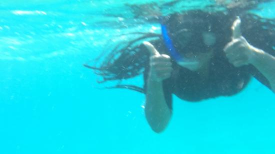 Shulamit's Eilat Diving Adventures: thumbs up first time swimming/diving!