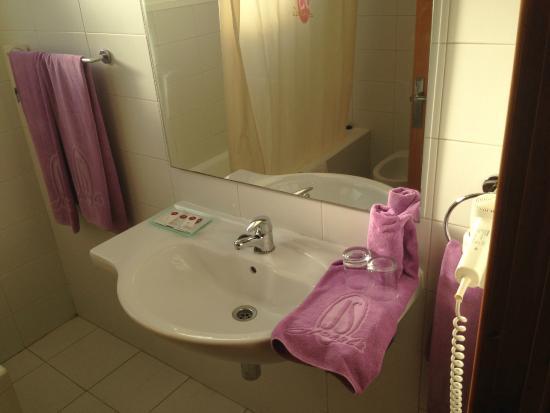 Hotel JS Sol de Ca'n Picafort: BAGNO