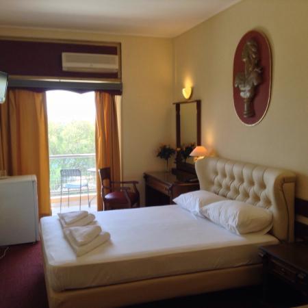 Hotel Galini Palace: Супер!Уютный с домашней обстановкой!Классический дизайн,тишина,20 n с видом на море.В 300м БЕСПЛ
