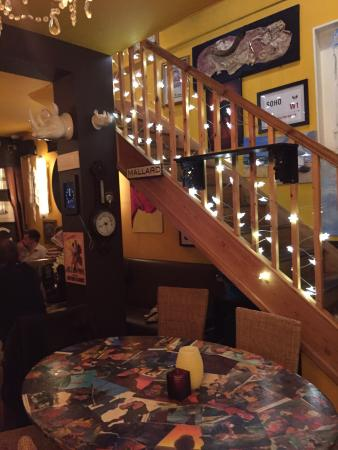 The Bohemian: Great pub on seafront