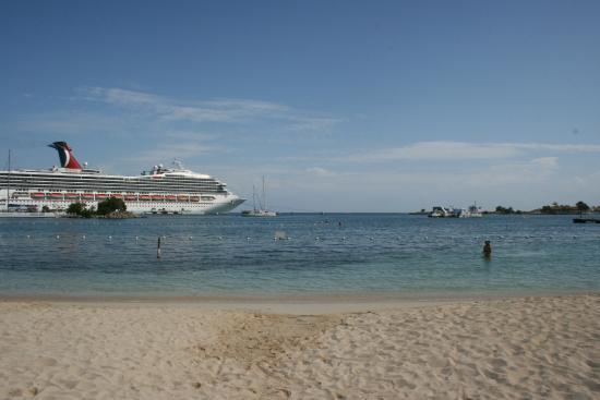 Sand Castles Resort: the beach